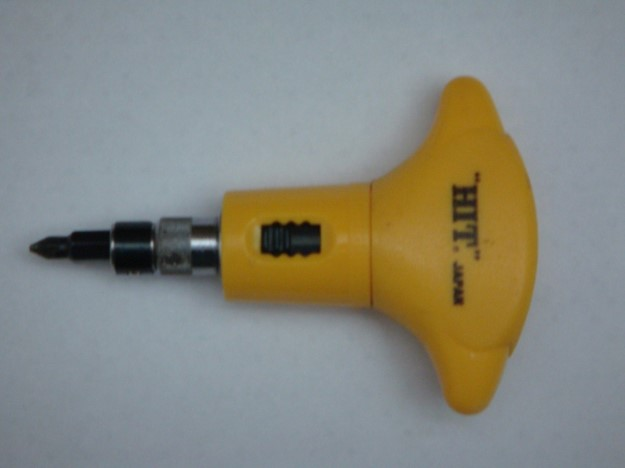 T handled screw driver